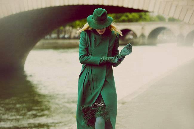 Картинки по запросу зеленое пальто